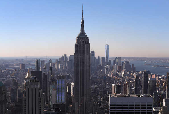 Empire State Building「Security Tightens In NYC Ahead Of Clinton And Trump Election Night Events」:写真・画像(4)[壁紙.com]
