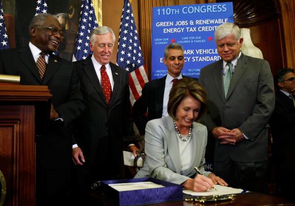 Legislation「House Votes On Financial Bailout Legislation」:写真・画像(17)[壁紙.com]