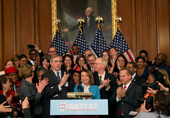 Prejudice「Speaker Nancy Pelosi And Senate Minority Leader Chuck Schumer Introduce Equality Act」:写真・画像(19)[壁紙.com]