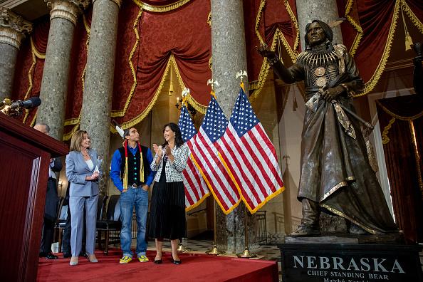 Respect「Speaker Pelosi Hosts Congressional Statue Dedication Ceremony Honoring Ponca Chief Standing Bear Of Nebraska」:写真・画像(16)[壁紙.com]