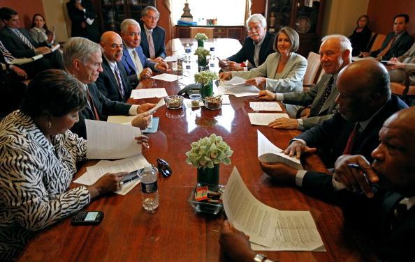 Eddie House「Speaker Pelosi And House Leaders Address Media After Oil Spill Meeting」:写真・画像(11)[壁紙.com]