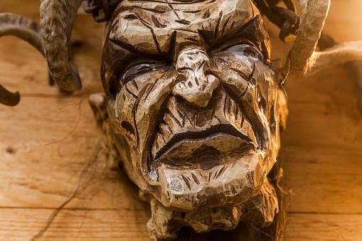 Horned「Handcrafted wooden Krampus mask」:スマホ壁紙(9)
