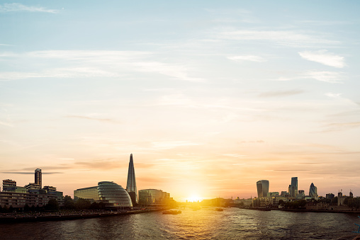 Hope - Concept「View of London at Sunset」:スマホ壁紙(1)