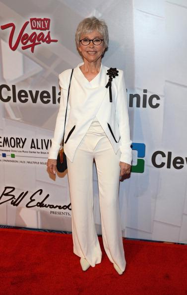 "MGM Grand Garden Arena「Keep Memory Alive's 18th Annual ""Power Of Love"" Gala Honoring Gloria And Emilio Estefan Jr. - Red Carpet」:写真・画像(15)[壁紙.com]"