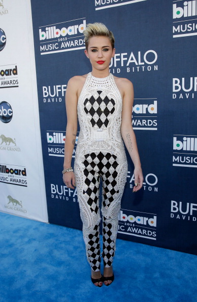 Checked Pattern「Buffalo David Bitton At The Billboard Awards Red Carpet」:写真・画像(15)[壁紙.com]