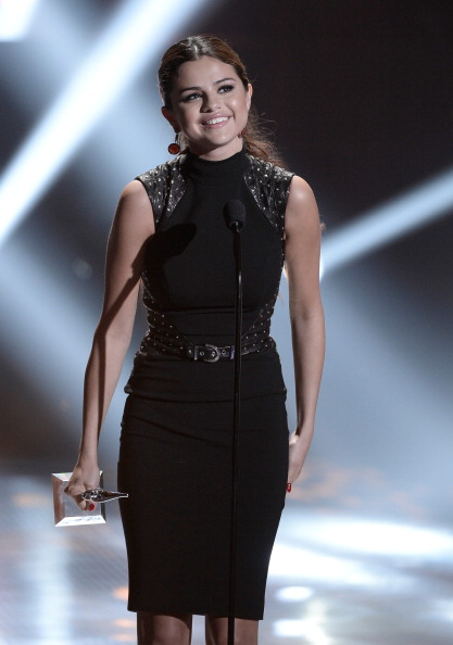 Focus On Foreground「2013 Young Hollywood Awards Presented By Crest 3D White And SodaStream / The CW Network - Show」:写真・画像(1)[壁紙.com]
