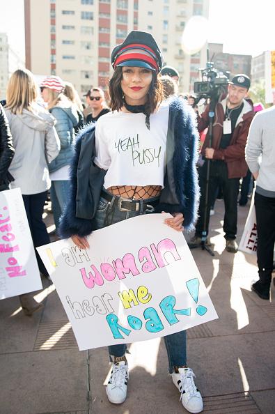 ヴァネッサ・ハジェンズ「Women's March Los Angeles」:写真・画像(6)[壁紙.com]