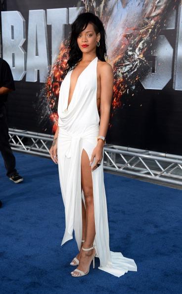 スペイン文化「Premiere Of Universal Pictures' 'Battleship' - Arrivals」:写真・画像(11)[壁紙.com]