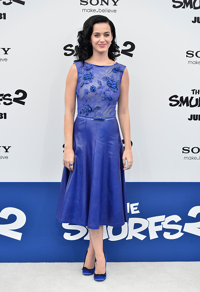 "Blue Shoe「Premiere Of Columbia Pictures' ""Smurfs 2"" - Arrivals」:写真・画像(2)[壁紙.com]"