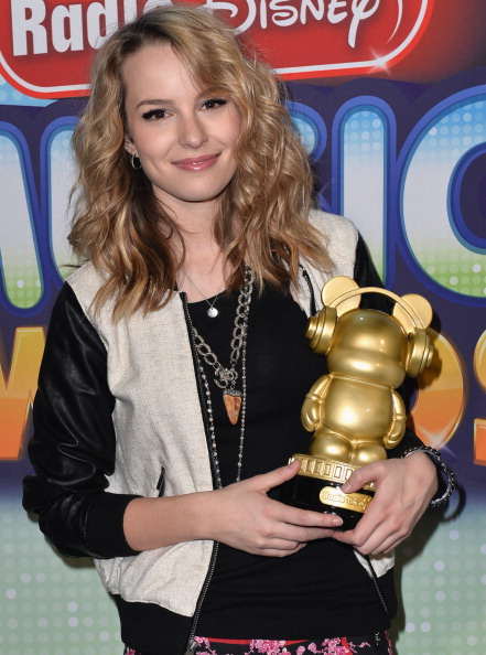 Leather Jacket「2013 Radio Disney Music Awards - Inside」:写真・画像(13)[壁紙.com]
