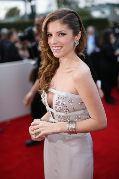 Anna Kendrick「56th GRAMMY Awards - Red Carpet」:写真・画像(8)[壁紙.com]