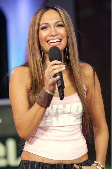 Long Hair「MTV TRL With Chris Evans And Jennifer Lopez」:写真・画像(5)[壁紙.com]