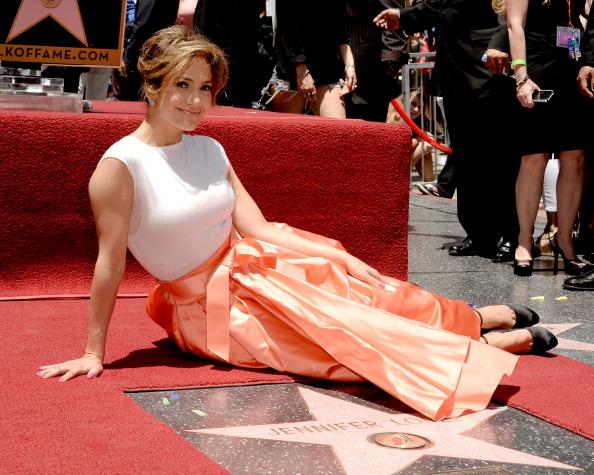 Walk Of Fame「Jennifer Lopez Honored On The Hollywood Walk Of Fame」:写真・画像(8)[壁紙.com]