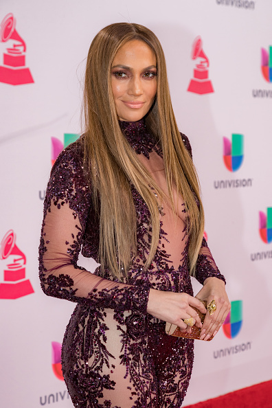 ジェニファー・ロペス「The 17th Annual Latin Grammy Awards - Red Carpet」:写真・画像(11)[壁紙.com]