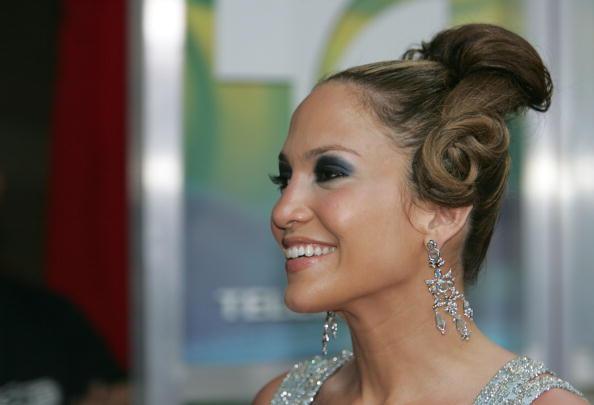Up Do「2005 Billboard Latin Music Awards - Arrivals」:写真・画像(14)[壁紙.com]