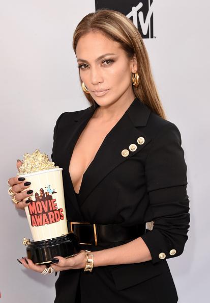 上半身「The 2015 MTV Movie Awards - Press Room」:写真・画像(15)[壁紙.com]