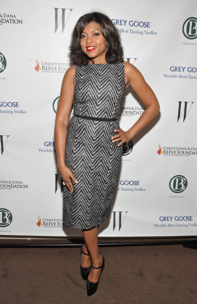 Form Fitted Dress「Reeve Foundation & Clark's Botanicals Host Night For A Cure Party」:写真・画像(14)[壁紙.com]