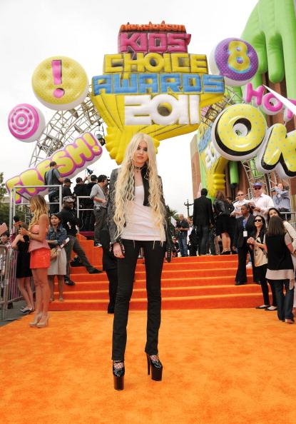 Leather Jacket「Nickelodeon 2011 Kids' Choice Awards - Red Carpet」:写真・画像(15)[壁紙.com]