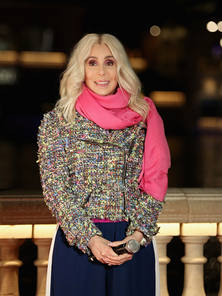 テレビ番組「Cher Unveils New Fountains Of Bellagio Show Choreographed To Her Song 'Believe'」:写真・画像(3)[壁紙.com]