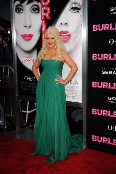 "Half Up Do「Premiere Of Screen Gems' ""Burlesque"" - Arrivals」:写真・画像(10)[壁紙.com]"