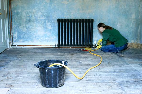 Hose「Home improvement, repairing central heating system」:写真・画像(12)[壁紙.com]