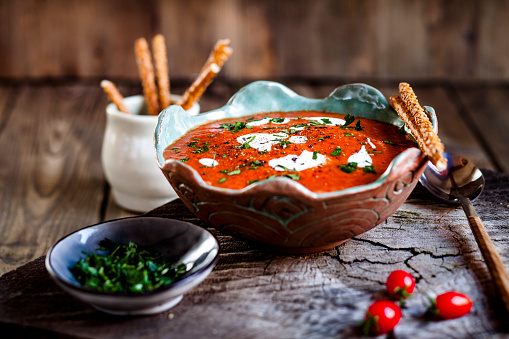 Sour Cream「Tomato soup with sour cream and sesame sticks」:スマホ壁紙(8)