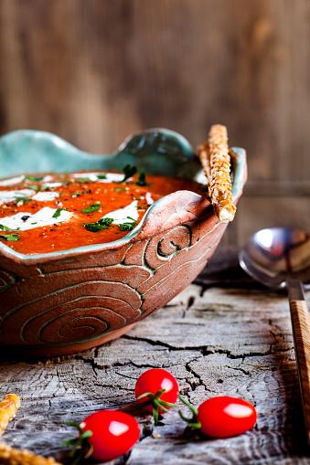 Sour Cream「Tomato soup with sour cream and sesame sticks」:スマホ壁紙(7)