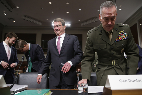 Finance and Economy「Carter And Dunford Appear Before Senate Armed Services Committee」:写真・画像(0)[壁紙.com]