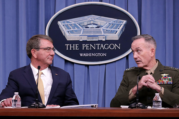 Virginia - US State「Defense Secretary Carter And Joint Chiefs Chairman Dunford Brief Media」:写真・画像(10)[壁紙.com]