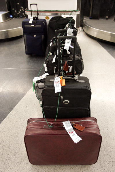 Lost「2005 A Record-Setting Year For Lost, Damaged And Delayed Airline Baggage」:写真・画像(18)[壁紙.com]