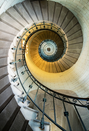 Spiral Staircase「Eckmuhul Lighthouse, Brittany, France」:スマホ壁紙(6)