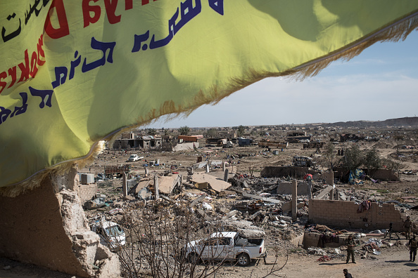 Damaged「Last ISIS-Held Village In Syria Falls to US-Backed Forces」:写真・画像(10)[壁紙.com]