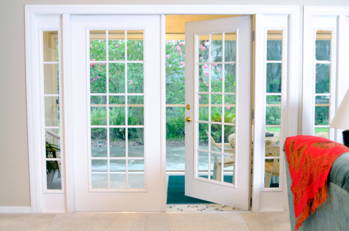 French Culture「Open White French Doors Without Curtains」:スマホ壁紙(4)