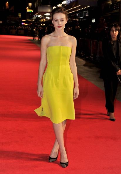 "Yellow Dress「""Inside Llewyn Davis"" - Centrepiece Gala Supported By The Mayor Of London - Red Carpet Arrivals: 57th BFI London Film Festival」:写真・画像(2)[壁紙.com]"