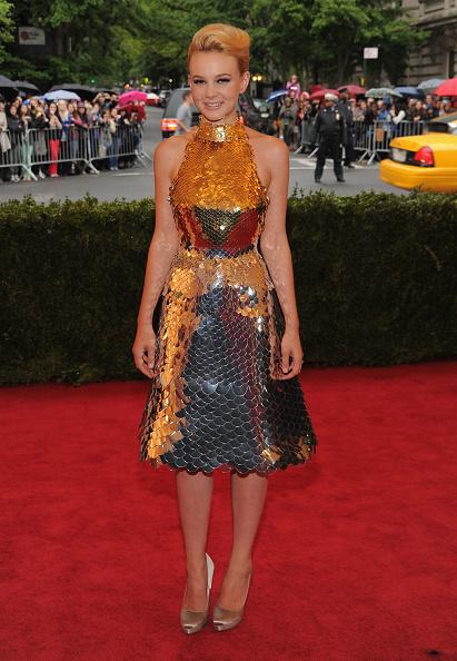 "Silver Shoe「""Schiaparelli And Prada: Impossible Conversations"" Costume Institute Gala」:写真・画像(17)[壁紙.com]"