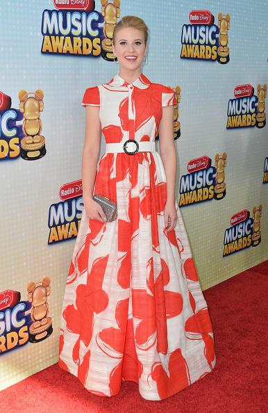 Collar「2013 Radio Disney Music Awards - Arrivals」:写真・画像(18)[壁紙.com]