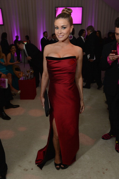 Form Fitted Dress「21st Annual Elton John AIDS Foundation Academy Awards Viewing Party - Inside」:写真・画像(19)[壁紙.com]
