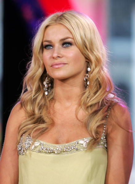 Carmen Electra「MTV TRL With Carmen Electra & Paul Wall」:写真・画像(19)[壁紙.com]