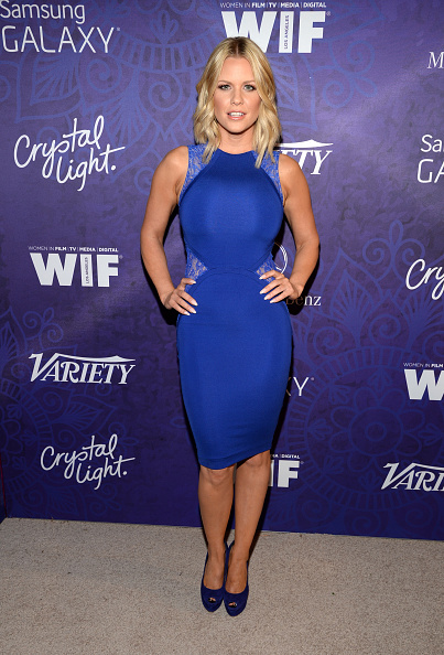 Form Fitted Dress「Variety And Women In Film Emmy Nominee Celebration Powered By Samsung Galaxy - Red Carpet」:写真・画像(9)[壁紙.com]