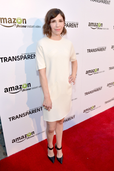 "Round Neckline「Amazon Red Carpet Premiere Screening For Brand-New Dark Comedy, ""Transparent""」:写真・画像(1)[壁紙.com]"