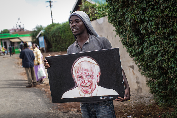 Nichole Sobecki「Final Preparations Are Made For The Arrival Of Pope Francis To Kenya」:写真・画像(2)[壁紙.com]