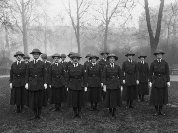 Hulton Archive「Wartime Women Police」:写真・画像(12)[壁紙.com]
