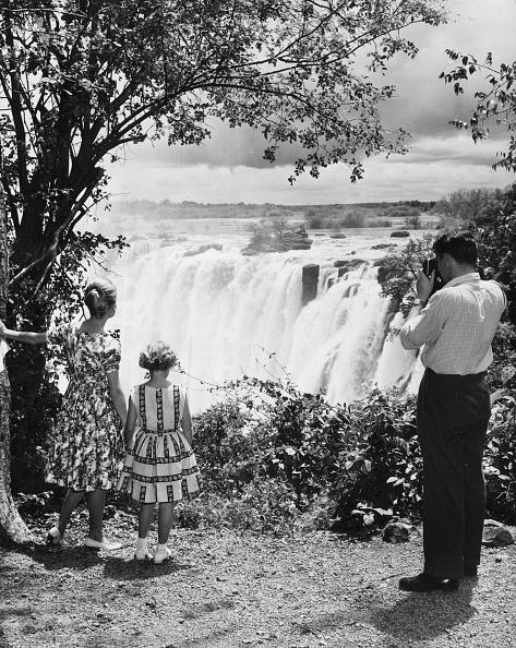 Photography Themes「Zimbabwe Waterfall」:写真・画像(2)[壁紙.com]