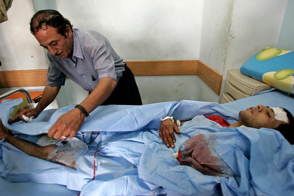 Stringer「Suicide Bomber Kills 47 In Baghdad」:写真・画像(16)[壁紙.com]