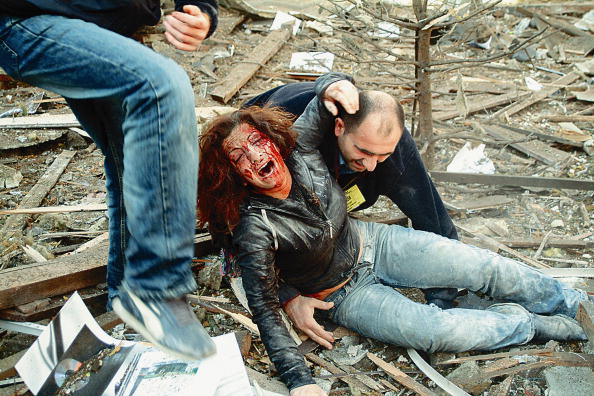 Suicide Bombing「Woman Rescued From Wreckage Of Istanbul Blast」:写真・画像(10)[壁紙.com]