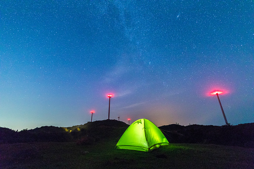 Base Camp「Illuminated tent against the starry sky」:スマホ壁紙(18)
