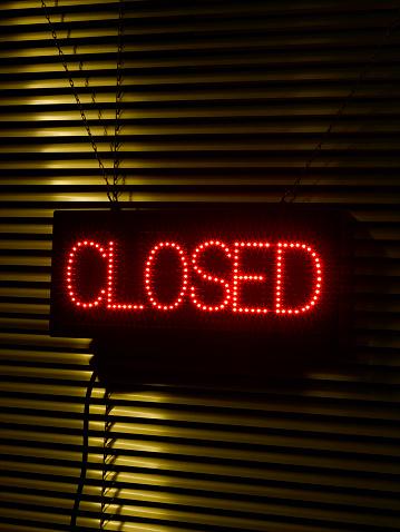 Sadness「Illuminated 'closed' sign」:スマホ壁紙(7)