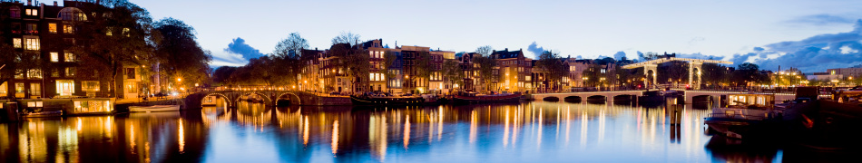 Amsterdam「Illuminated Amsterdam Canal Bridges at Night Holland」:スマホ壁紙(1)