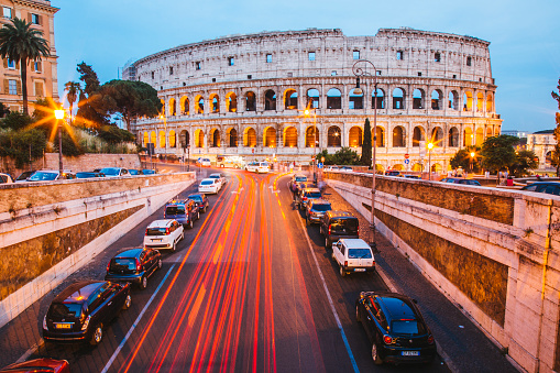 Coliseum - Rome「Illuminated Coliseum at dusk, Rome, Italy」:スマホ壁紙(19)