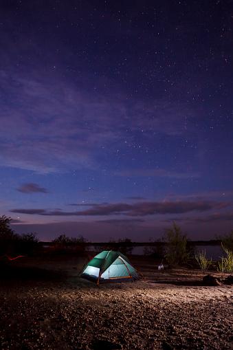 Satisfaction「Illuminated tent at night」:スマホ壁紙(9)